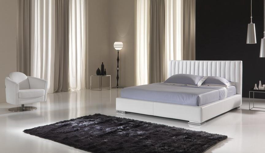 Kožené postele MAXDIVANI