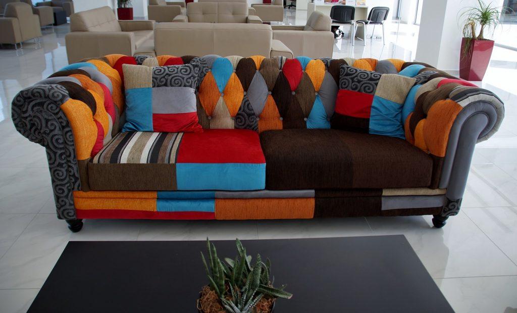 sofa-837019_1920